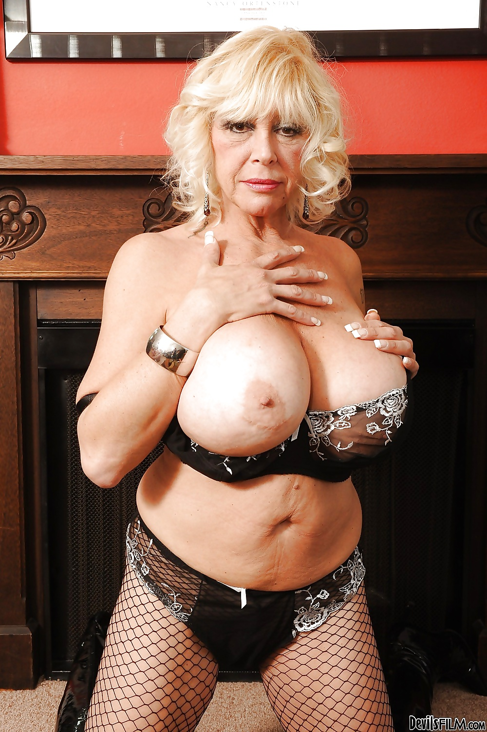 Mature bbw huge tits dirty talk