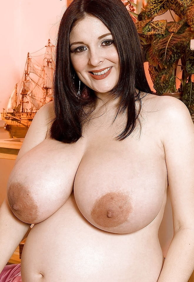 Naked chubby models