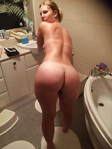 Asses matures amazing open wide plugged spread moms
