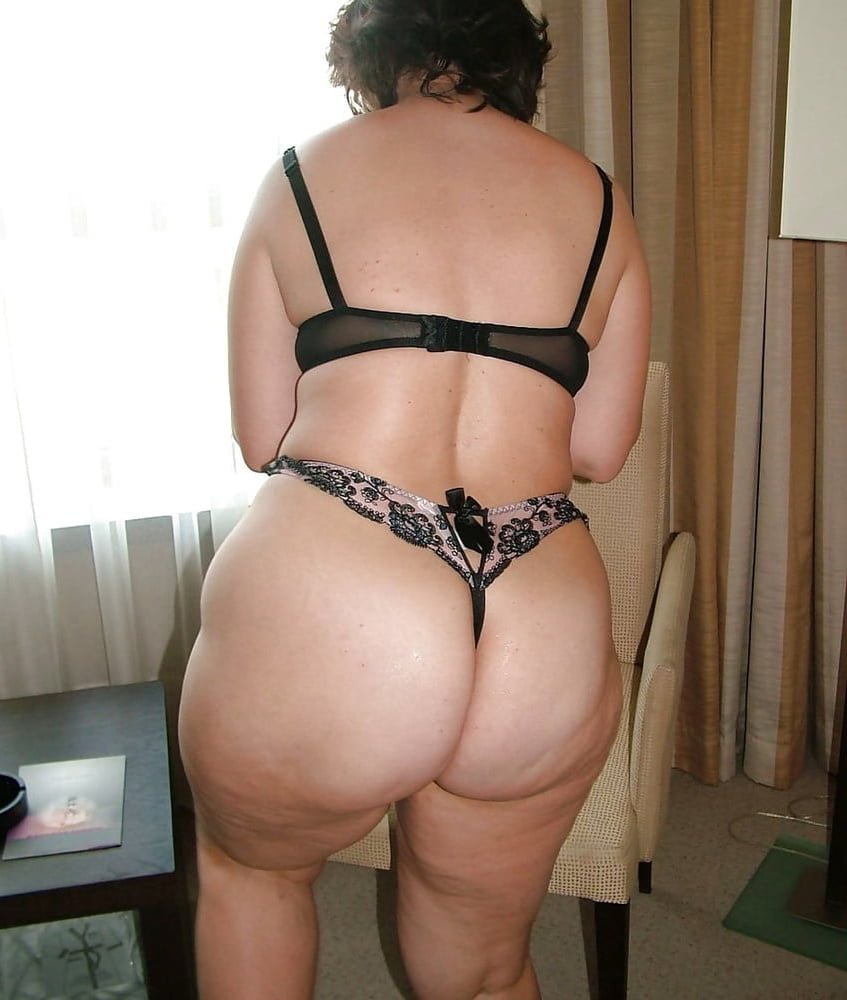Thick Nude Mature