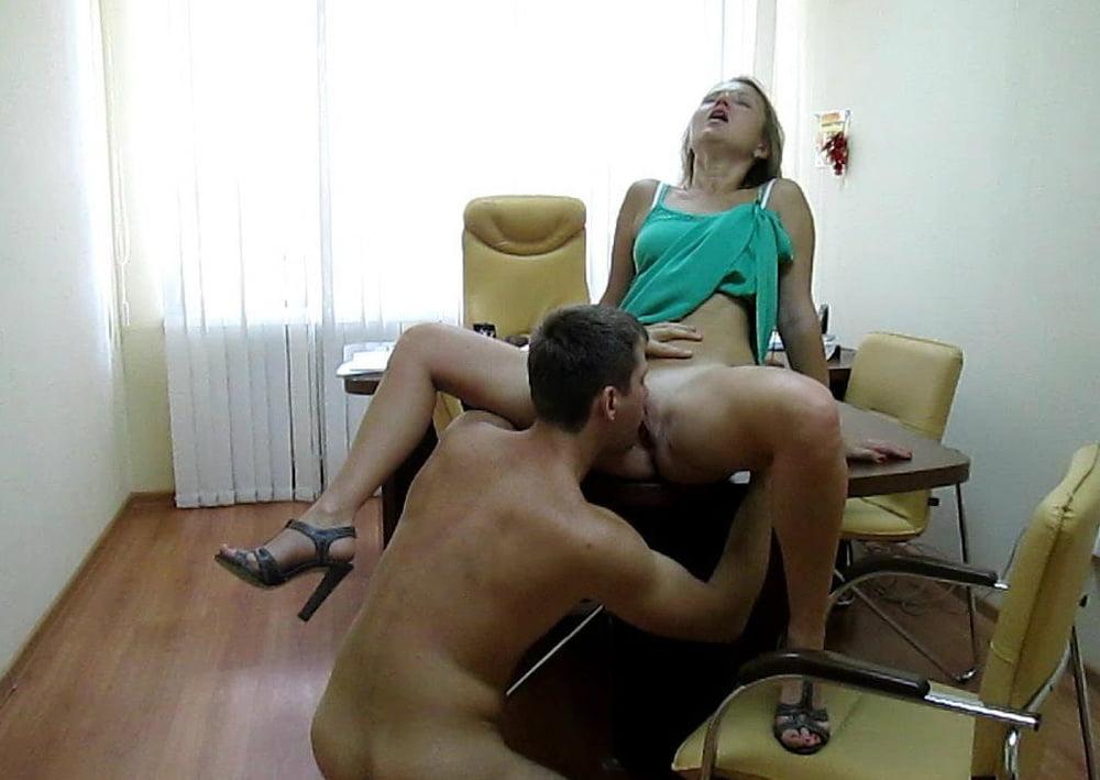 Секс любительский в офисе все равно