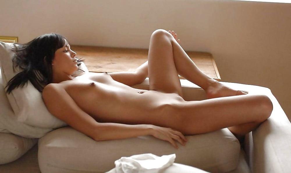 Naked cute girl pic-5959