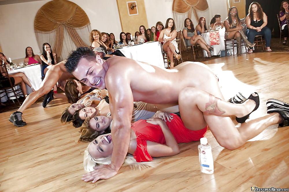 massazh-seks-na-vihodnih-artistov