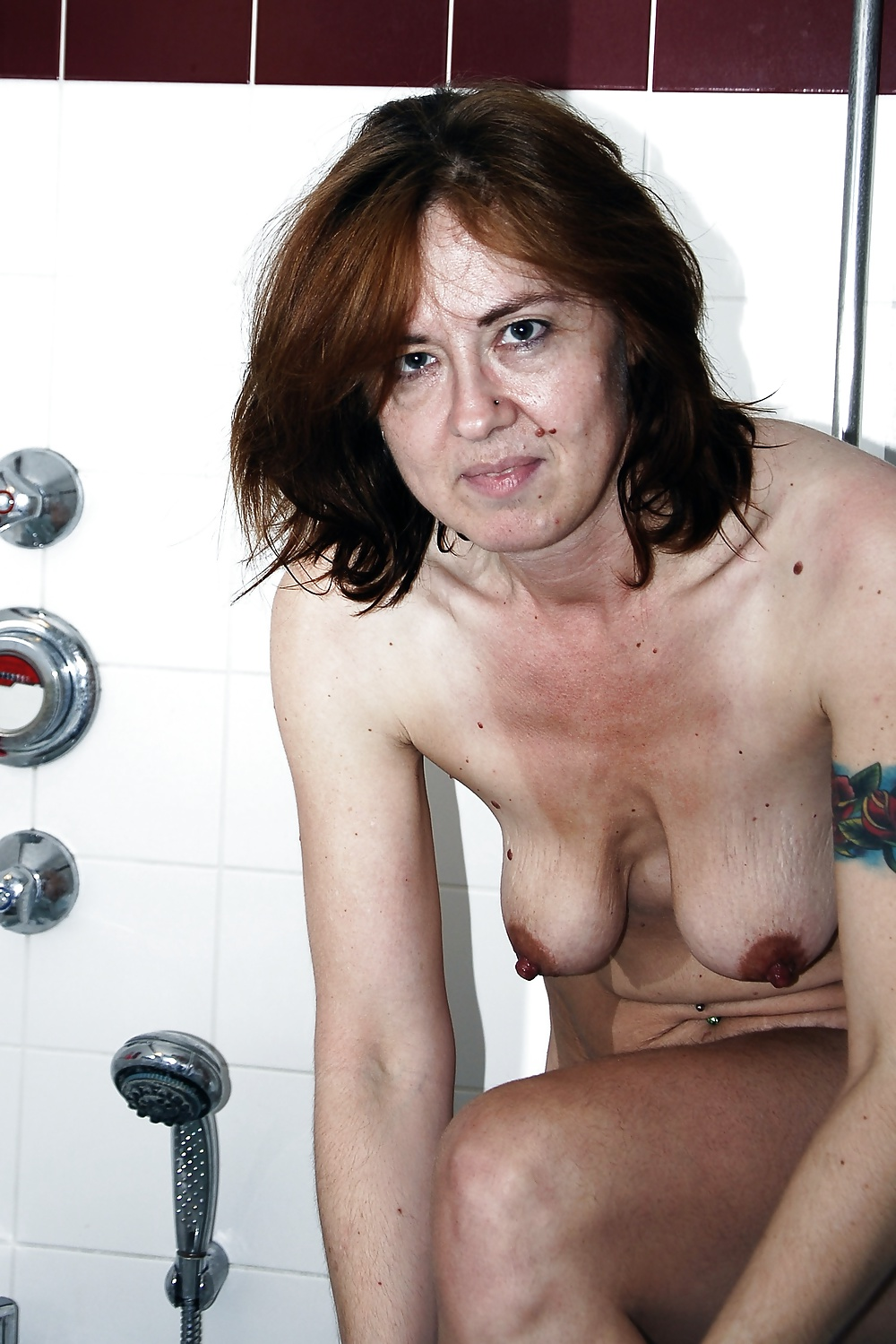 Nude girl on meth