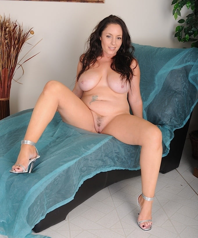 Brunette milf tube 1