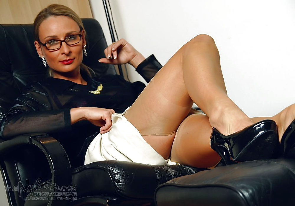 business-women-masterbating-erotic-fetish-sex