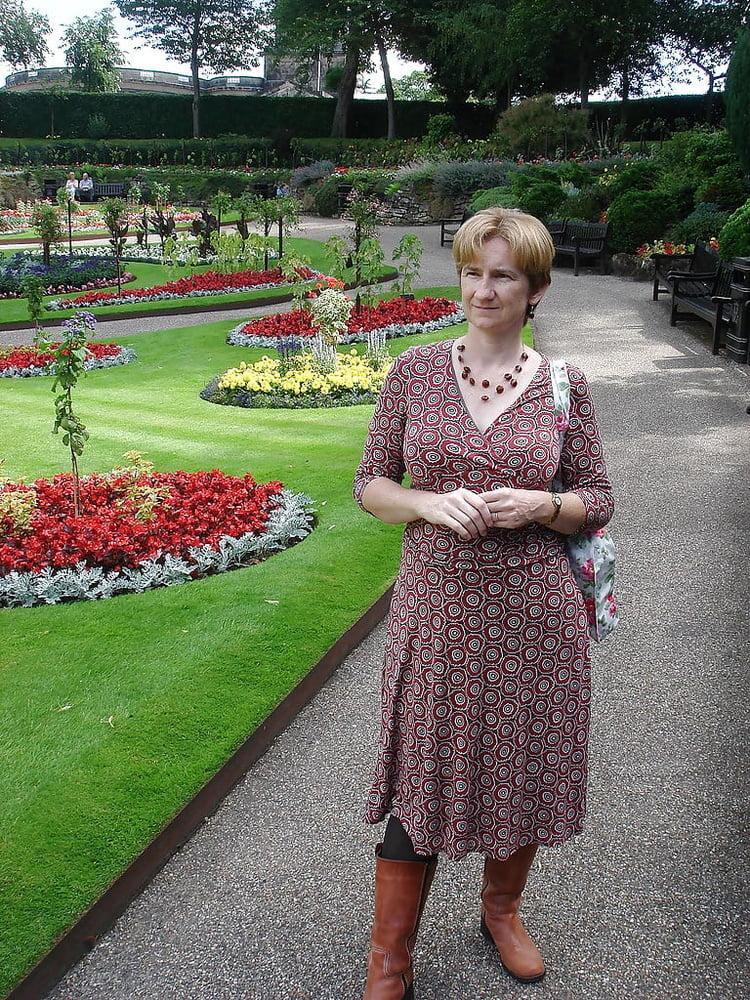 English Lady - 36 Pics