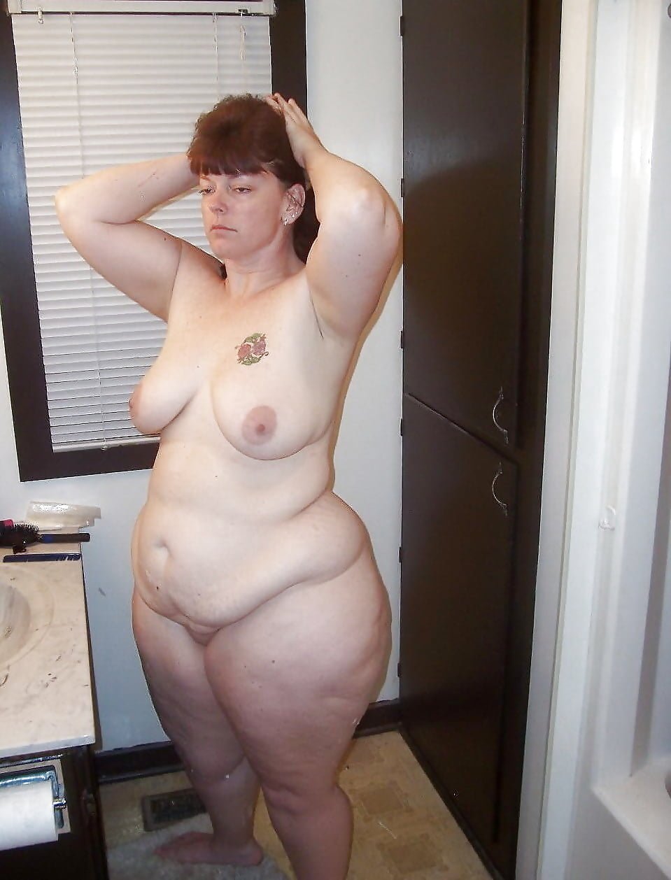 naked-bbw-housewives