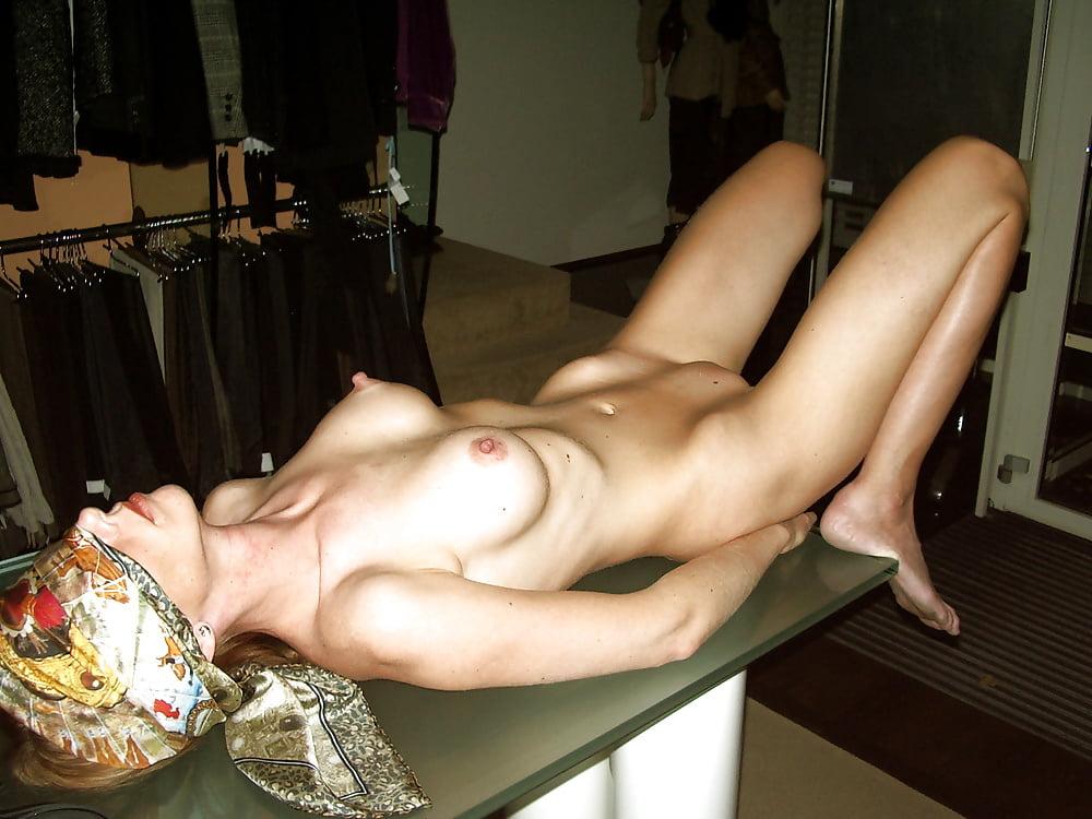 Hot horny naked wives-3128