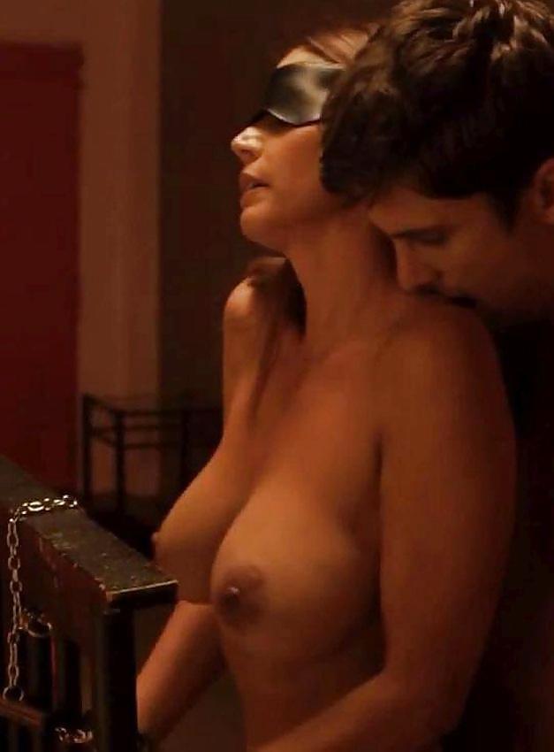 Gifs nude boob celebrity — pic 14