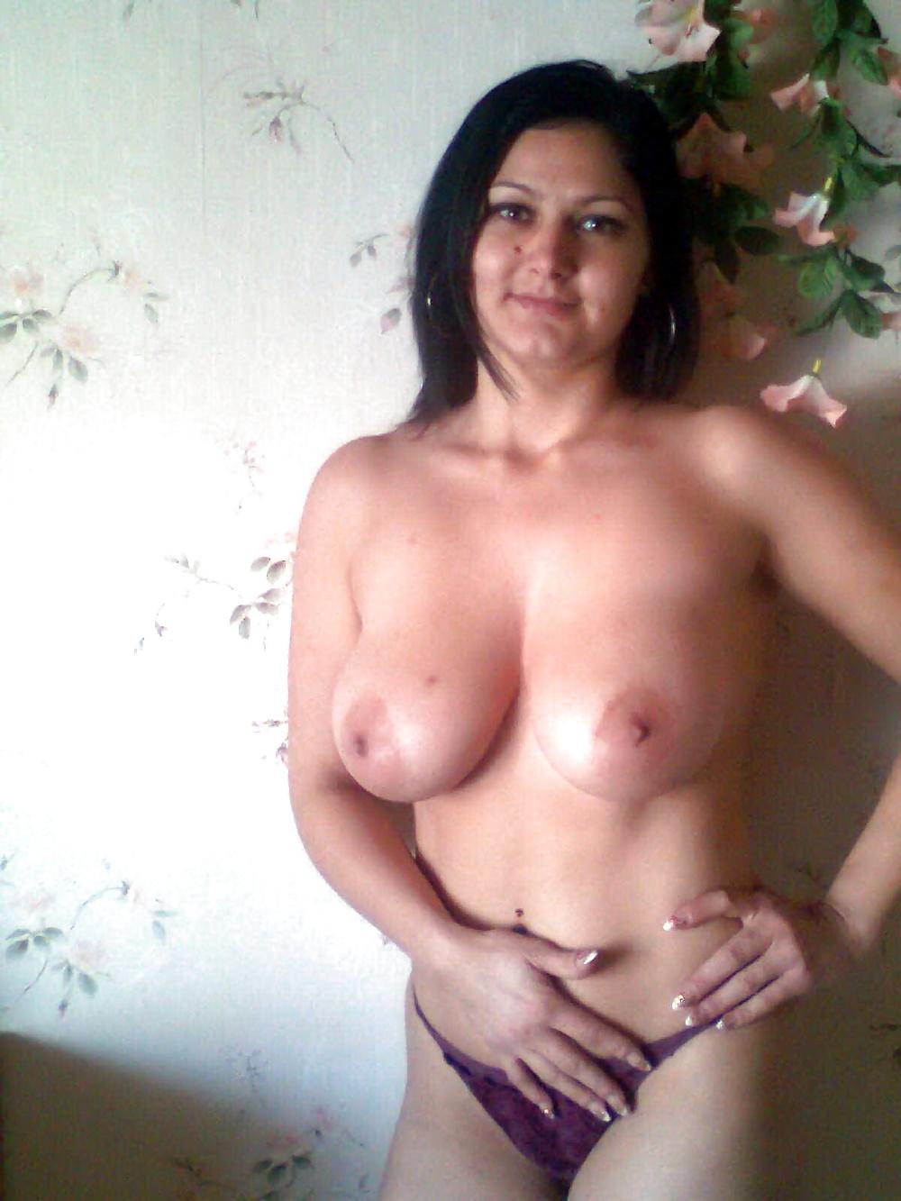my big titty ex-girlfriend posing naked
