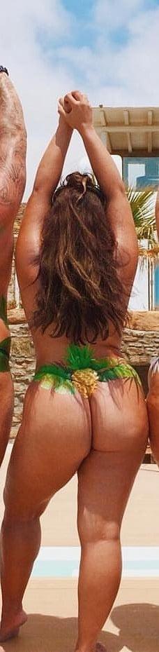 Nackt Ayesha Perry-Iqbal  Naked Beach's