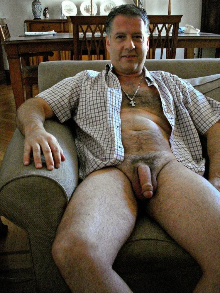 Nude Straight Amateur Men