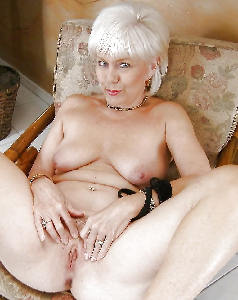 chearleader-slutty-senior-grandmas-naked-young-girls