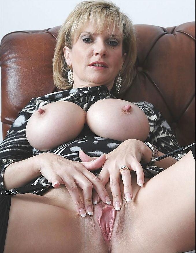 Тетя соня порно-фото