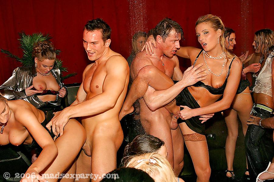 trondheim-swingers-and-or-sex-club-linda-lucadi-nude