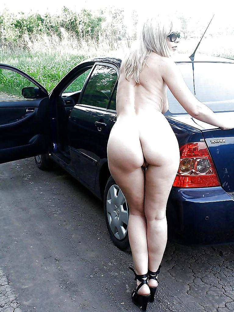 Sexy Nude Teen Car Models