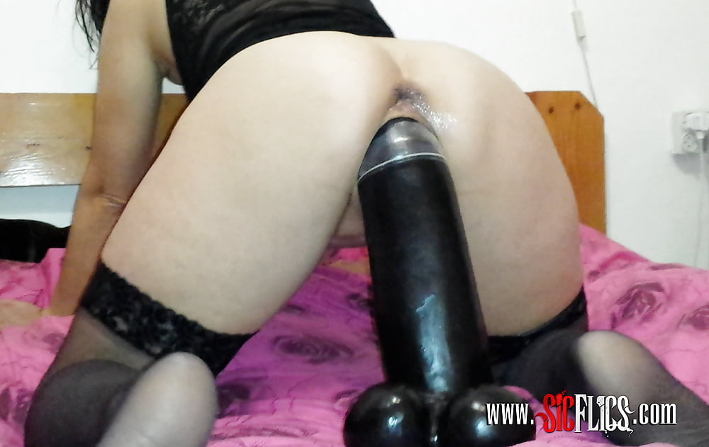 Worlds Biggest Dildo Free Porn Galery