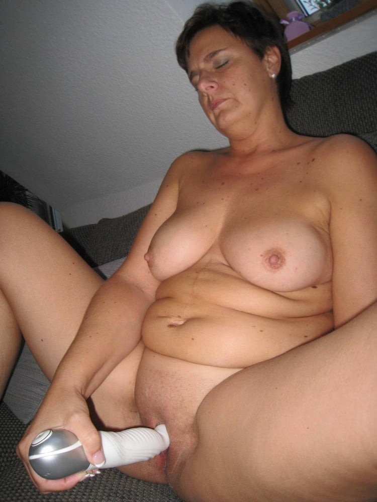 Hausfrauen Penis Nackte Masturbieren
