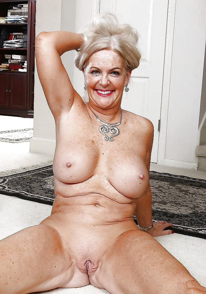 naked-sexy-granny-group-sex-club-swinger-party-movies