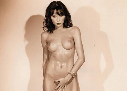 Nude pics of melania