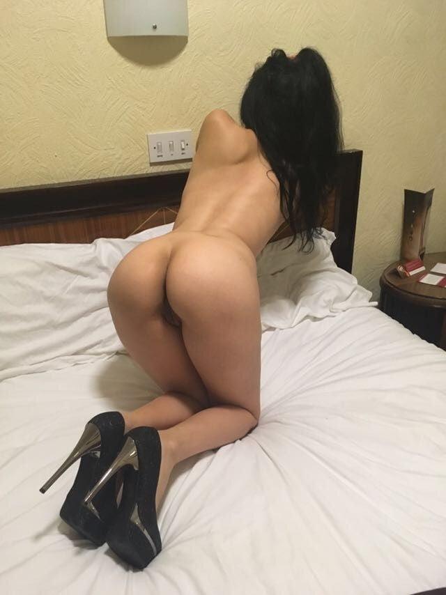 Hot sexy women near me-1703
