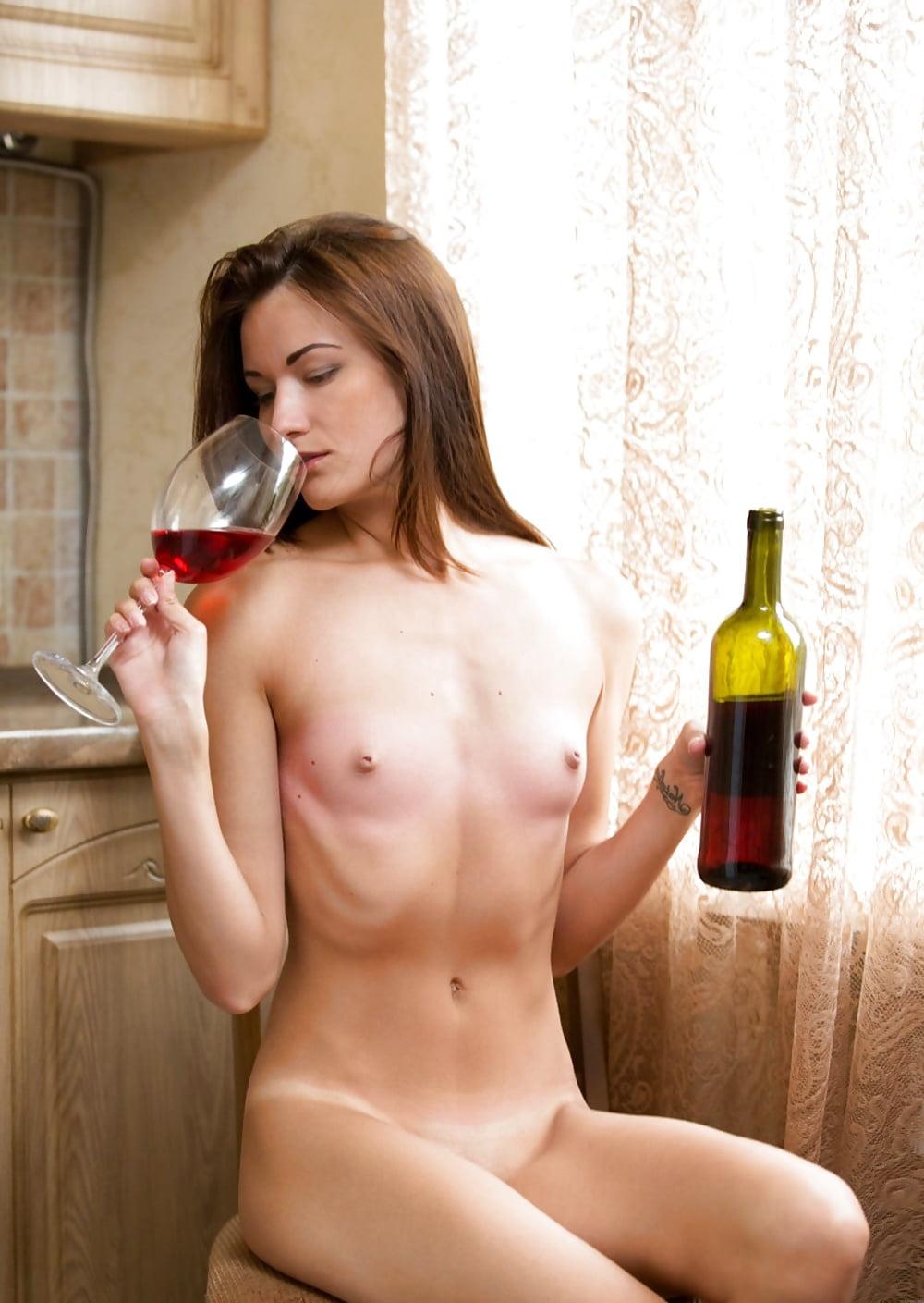 nudes-drink