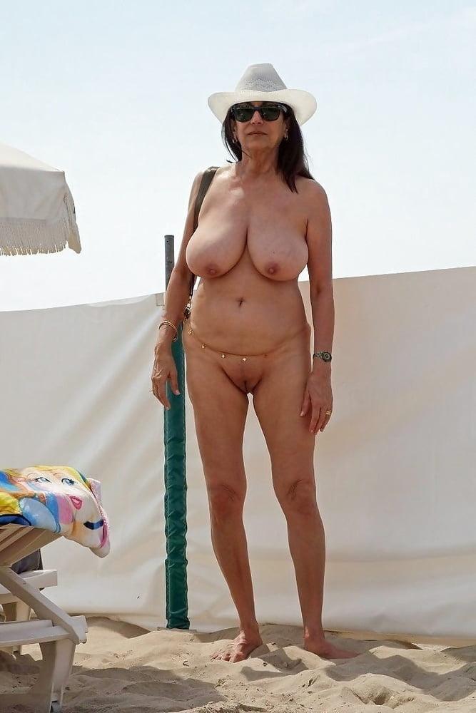 Nudist - 93 Pics