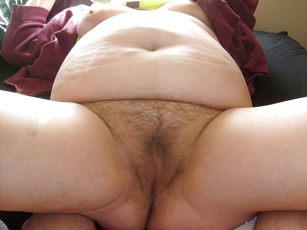 Woman bump fat pussies