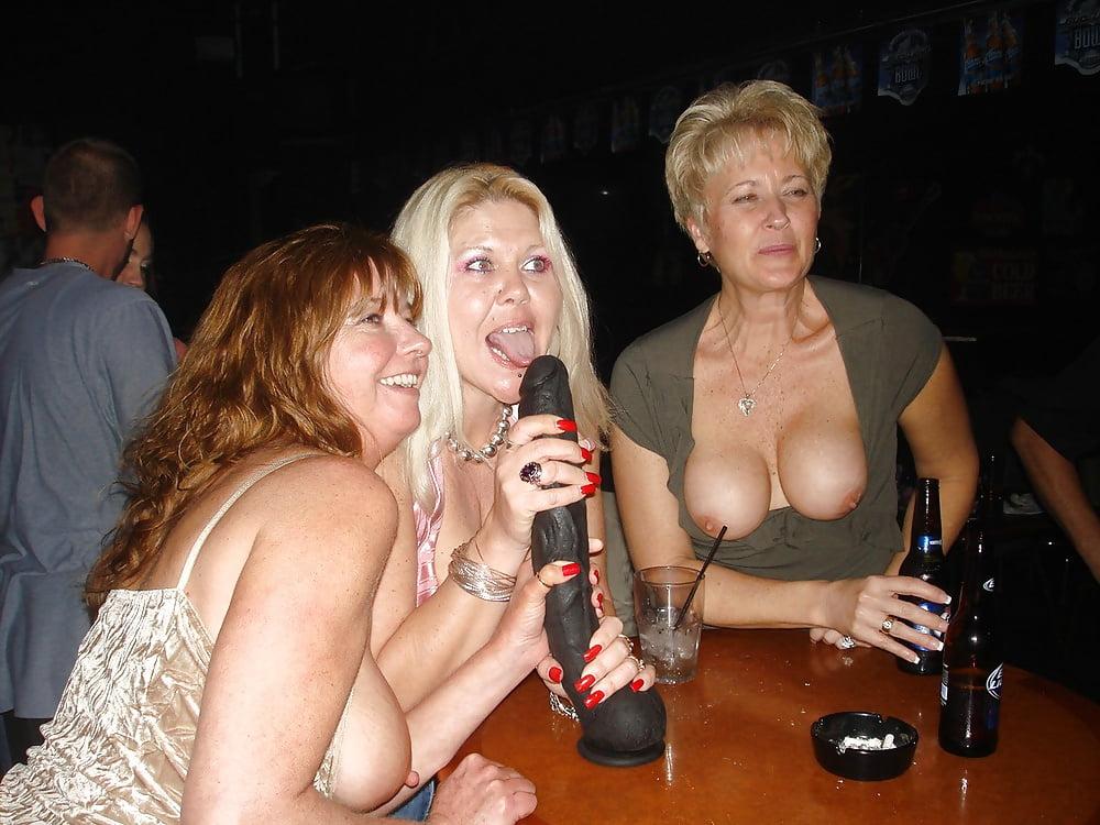 девичник зрелых дам порно что