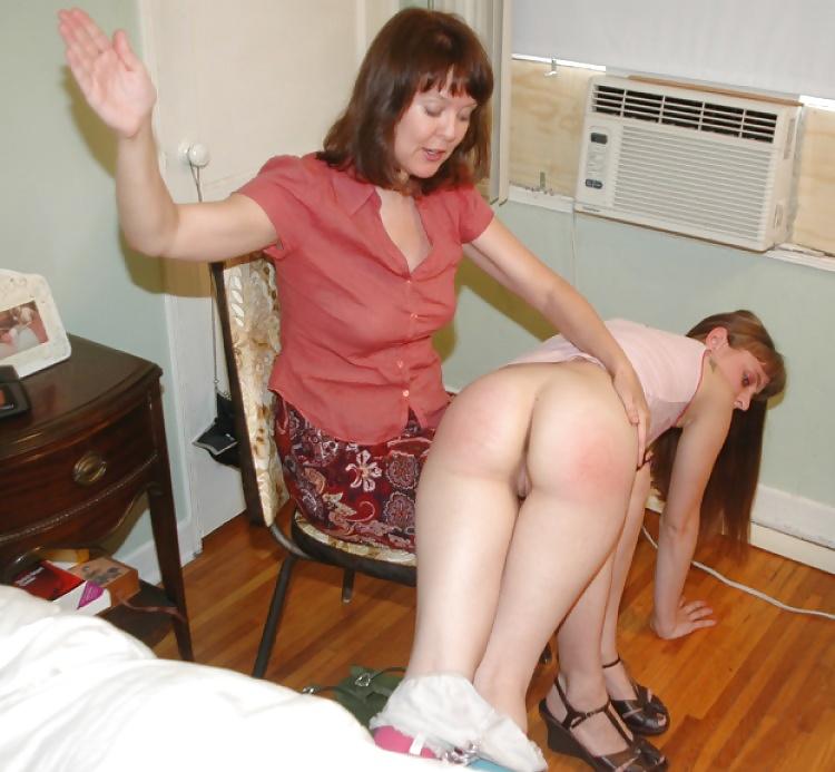 Mom punishes daughter spank