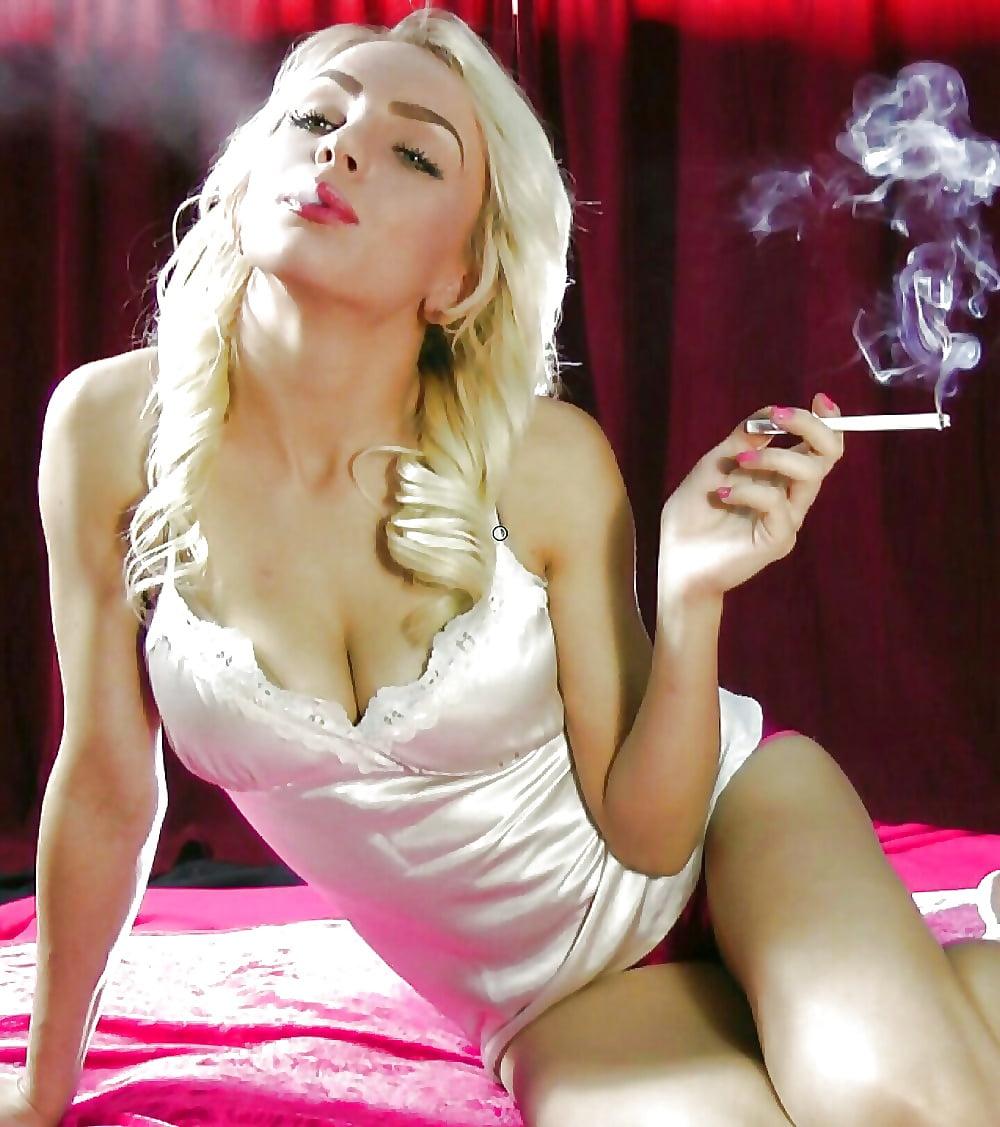 Sexy smoking — img 5