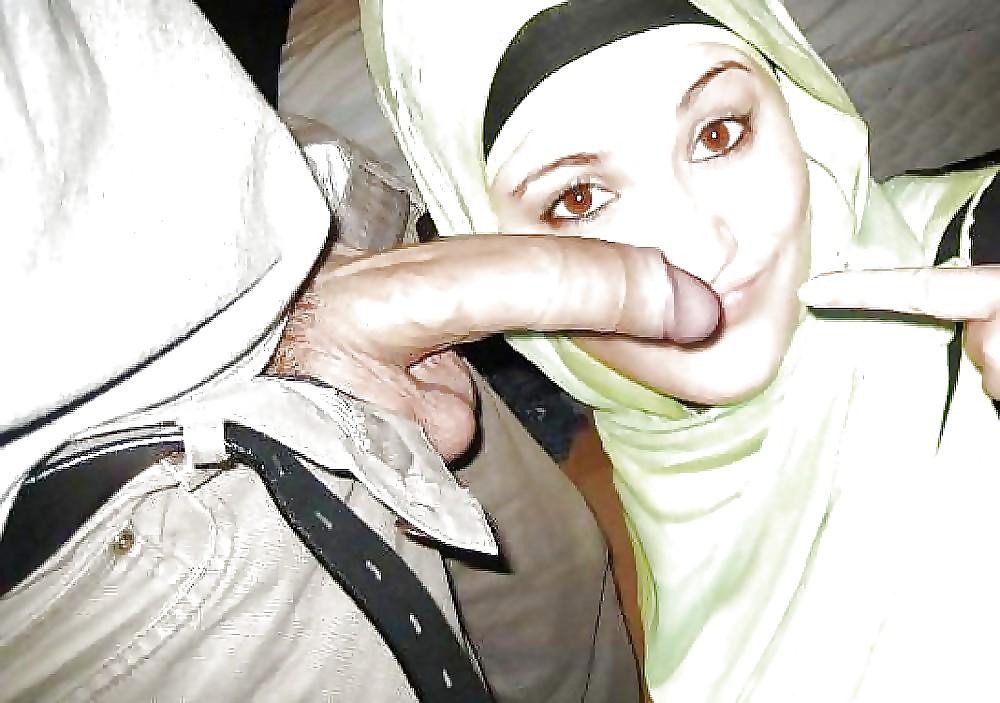 движеться дело, секс хиджабе фото присела
