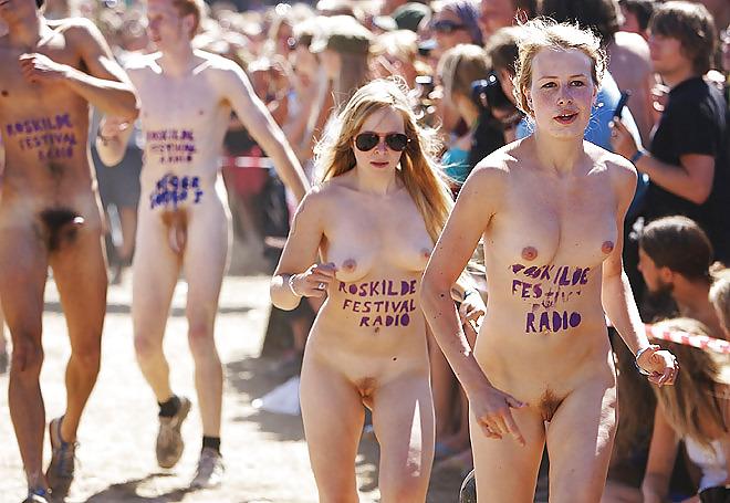 Naked running girls bigtits momy spinnerslongboards