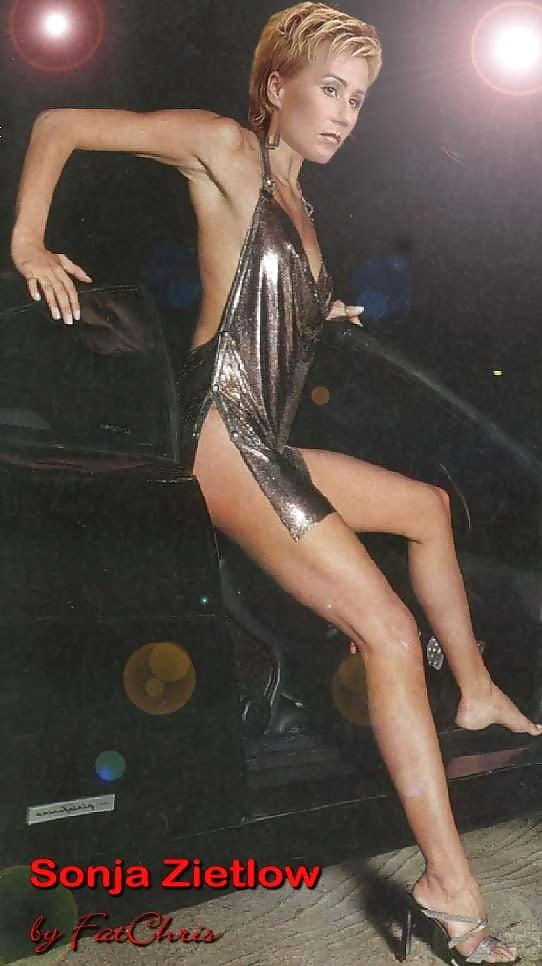 Sonya zietlow nackt