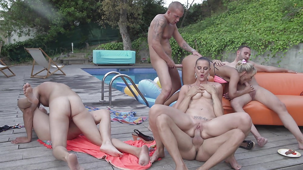 Mature german outdoor orgy