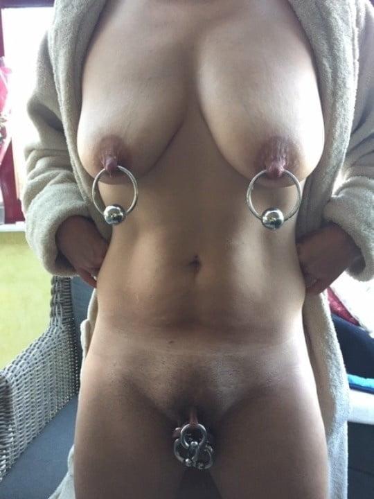 Free Pierced Nipples Porn Pics