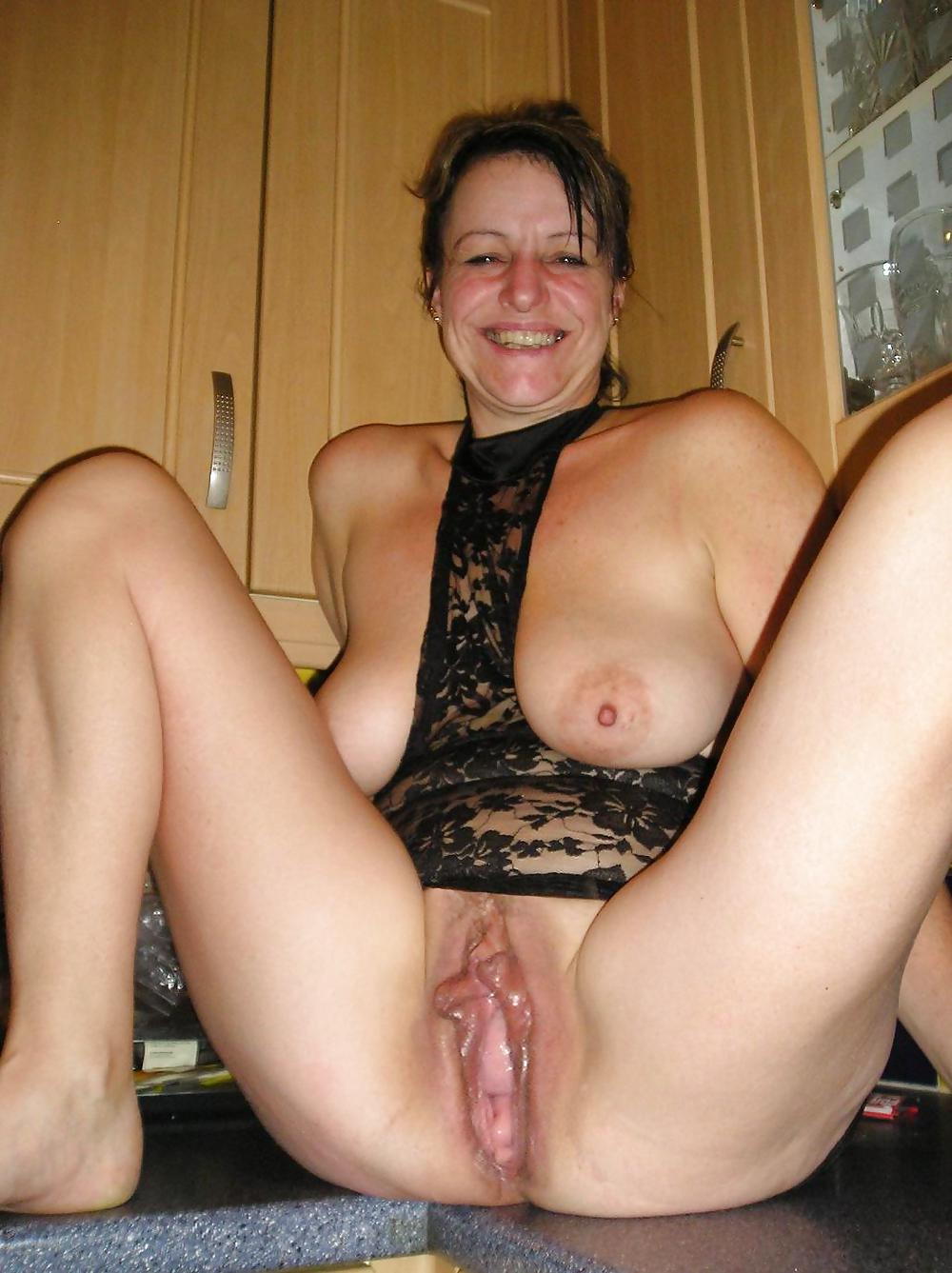 mature pretty cunt
