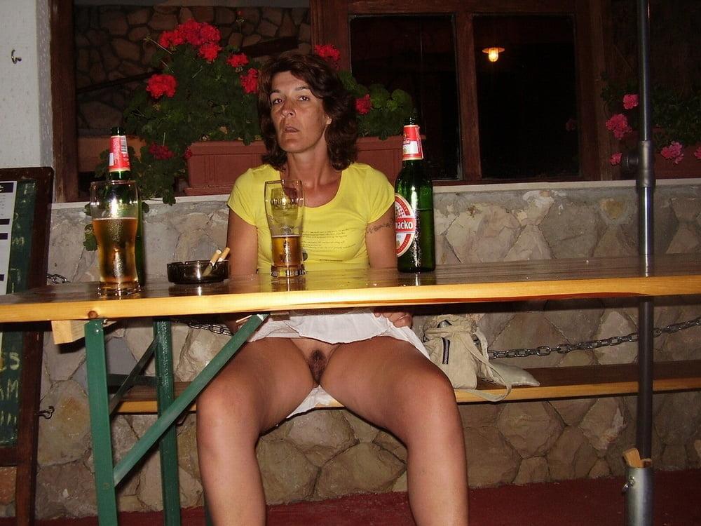 Drunk upskirts no pantirs — pic 5