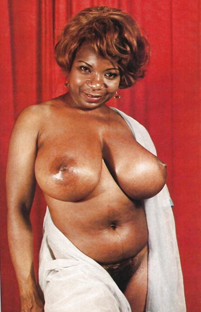 Ebony mom big tits