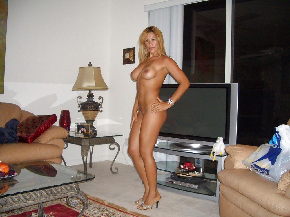 Naked amateur heels