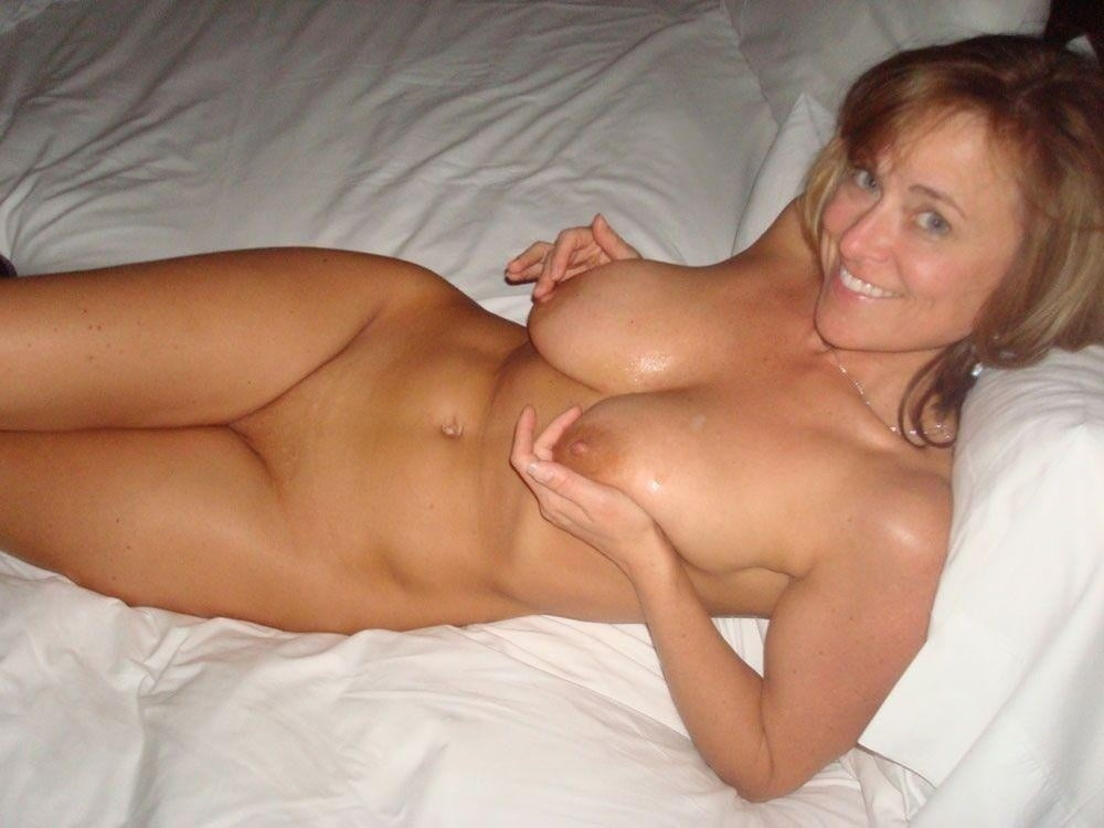 Free Nude Amatuer Wives Pics