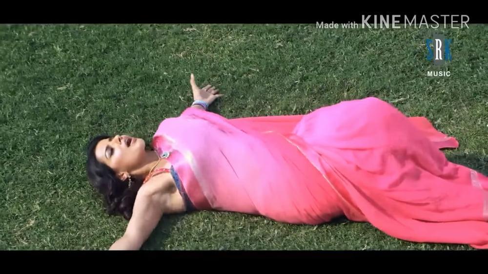 Indian actress huge boobs-9290