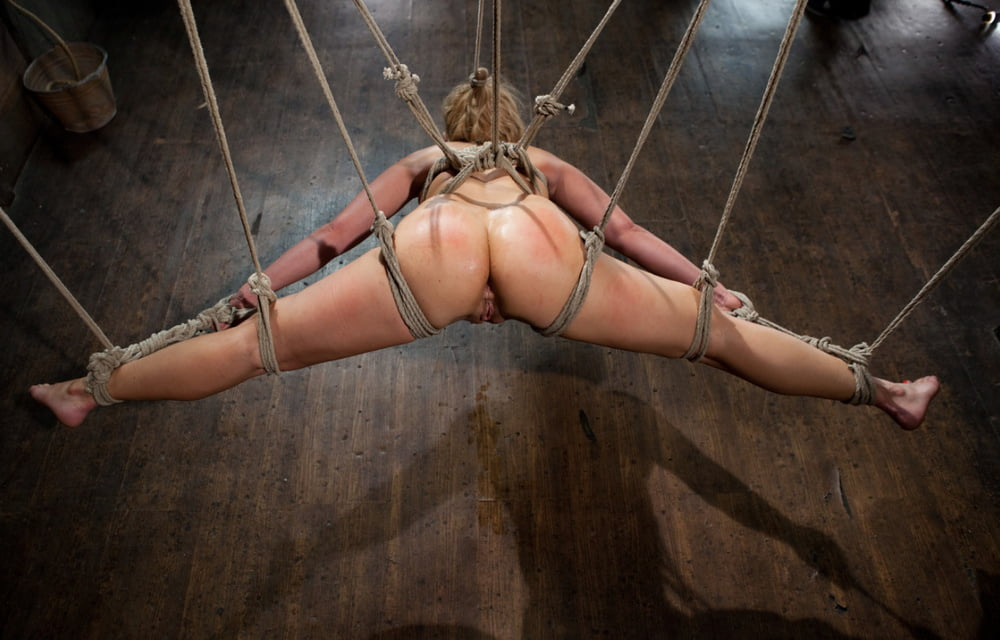 bondage-pussy-powered-by-phpbbtures-xxx-black