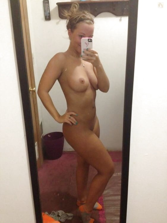 nude-pic-wrong-phone