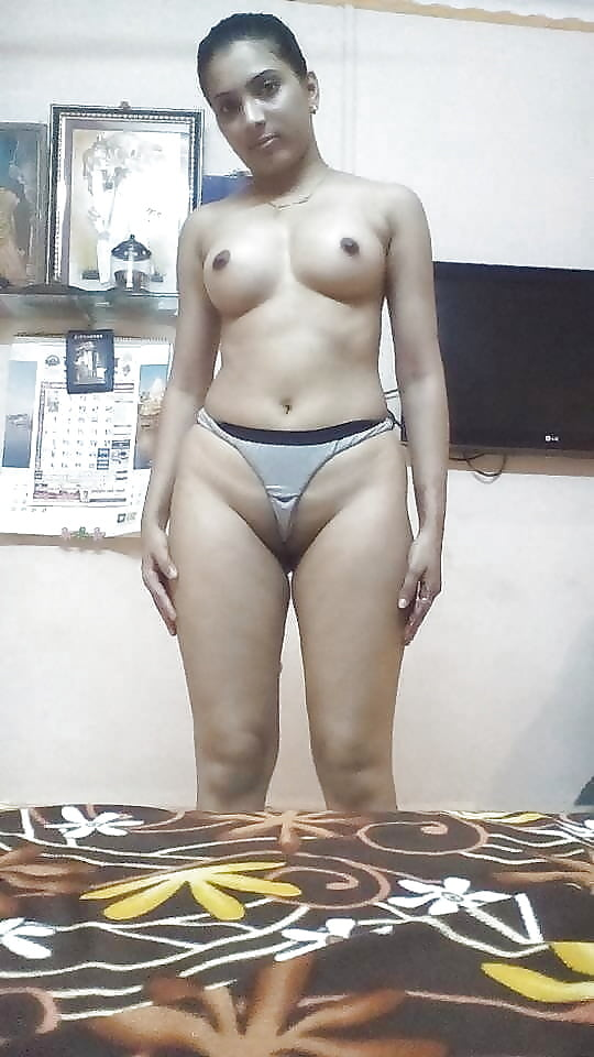 Lucky man with sexy aunty in bra and panties