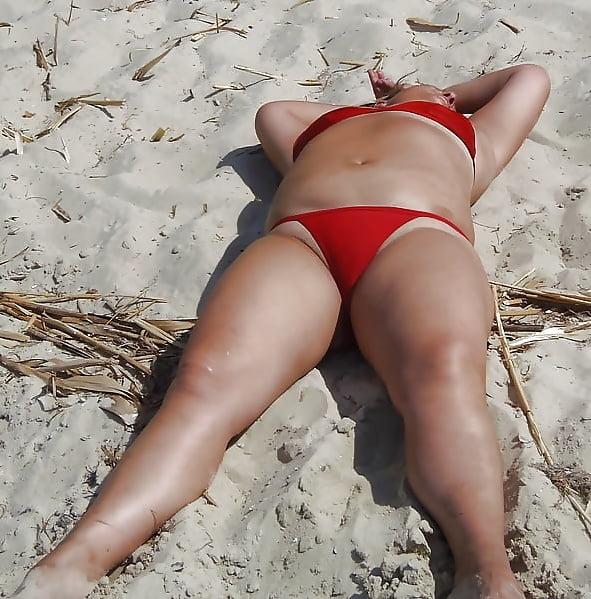 Milf beach amateur-6175