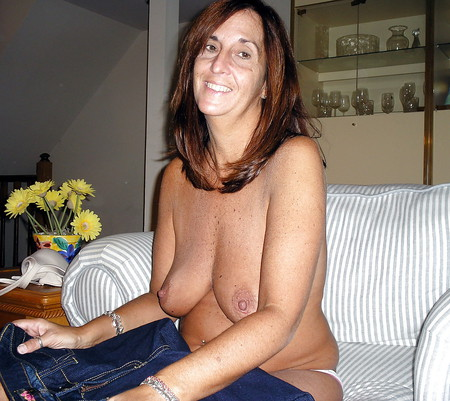 whore milf Angie, her juicy pussy and sweet red toes