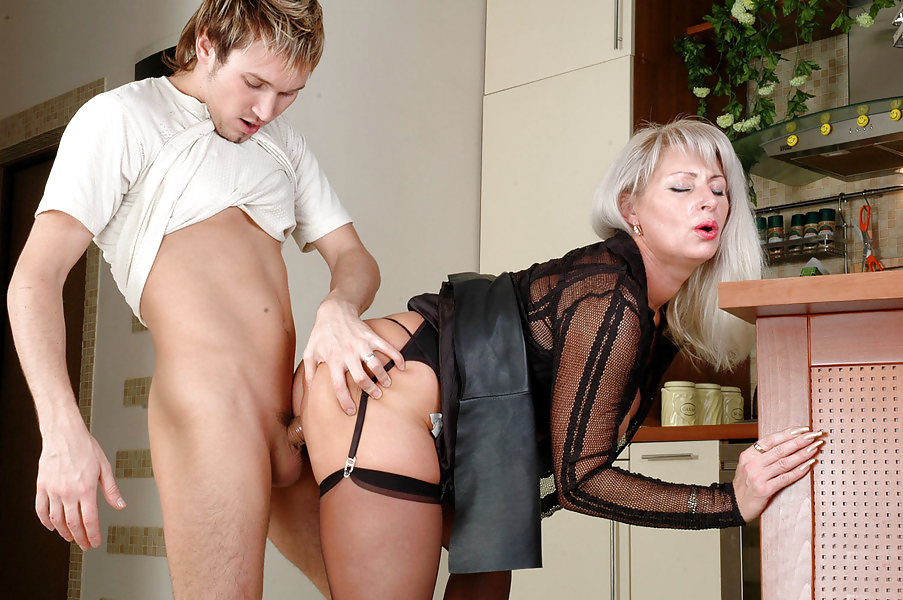 blonde-russian-mature-pantyhose-young-guy-fuck-japanese-schoolgirl-movies
