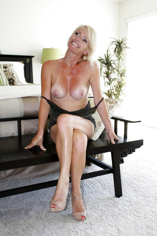 Red haired milf bailey o'dare enjoys hard cock in her tight twat